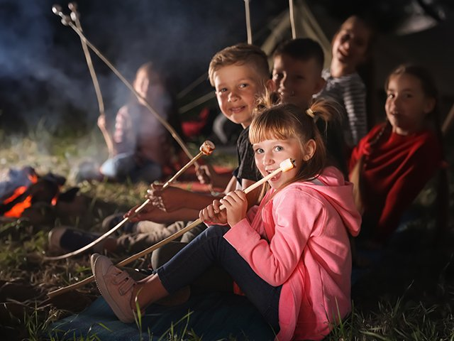 How to Choose a Sleep-Away Camp Your Kids Will Love ...