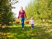 apple picking mom and daughter.jpg