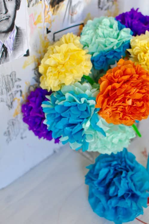Paper-Flowers-for-Dia-de-los-Muertos.jpg