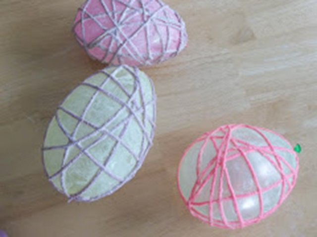 yarn Easter eggs.jpg