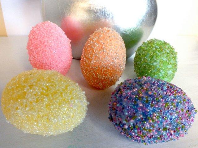 beaded easter eggs.jpg