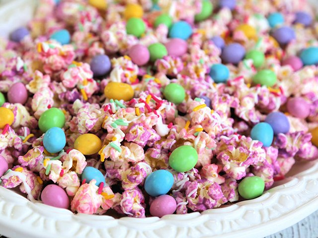Easter popcorn.jpg