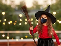 pandemic witch with mask.jpg
