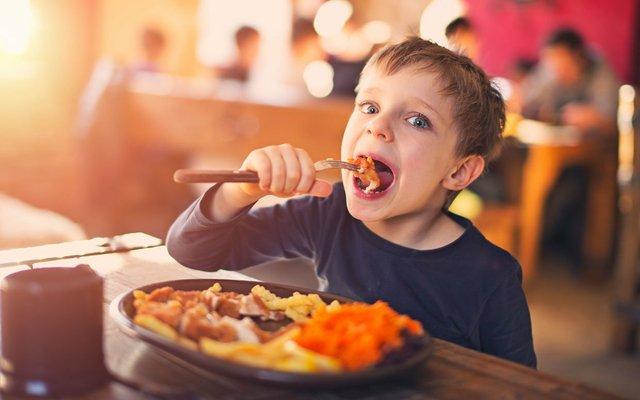 Kids eat free photo
