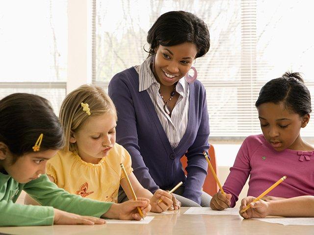 tutor with children