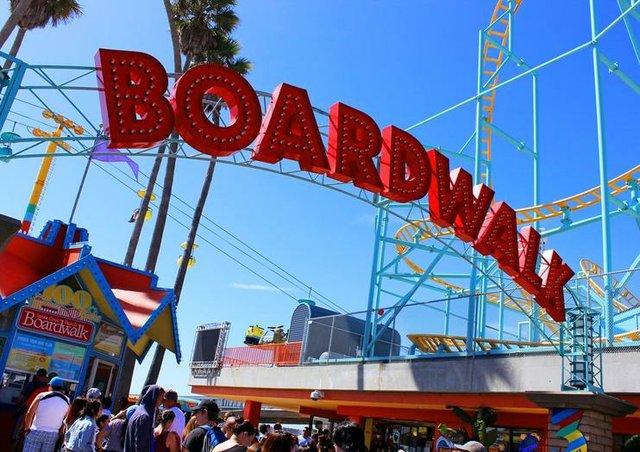 beach boardwalk contest